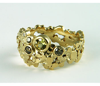 Mirri Damer - Wide multi gem 'Crown' ring in 9ct yellow gold set with yellow sapphire, brown and cognac diamonds £1076