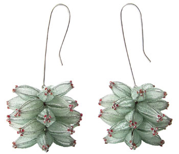 Floral earrings in nylon, steel and silver