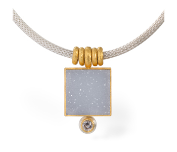 Necklace in 24ct gold and silver set with a white druzy agate and a diamond