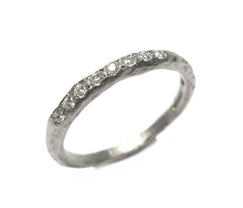 'Strata' ring in palladium grain set with diamonds