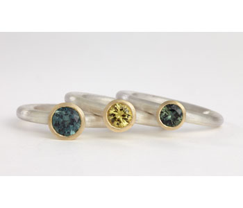 Rings in 18ct gold and silver with Australian sapphires