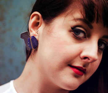 'Blue' - Earrings' in Thermochromic Resin, dyed aluminium, brass and silver, modelled