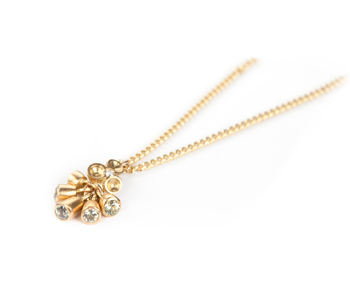 'Bud' pendant in 18ct yellow gold with diamonds