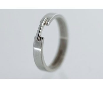 Ring by Shona Carnegie in 18ct white gold