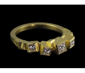 Large Chaos ring in 18ct gold with diamonds