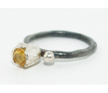 'Tulip' ring in oxidised silver set with citrine