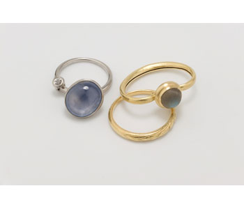 Rings in 18ct Gold and platinum and set with star sapphire and labradorite.  Photo N Mason
