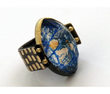Ring in silver and 18ct gold with Mokume-gane set with a crystal and azurite doublet and brown diamonds