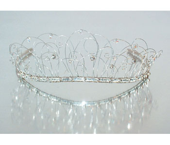 Tiara in silver with crystals
