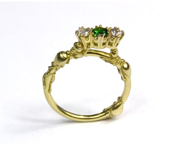 Frances Wadsworth-Jones, Theives II Gold ring