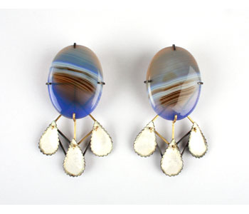 'Mist' earrings in 18ct gold and silver set with agate and enamelled, presented in hand made oak box with collage